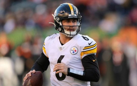 Image for Devlin Hodges takes over; Leads Steelers to Sixth Win