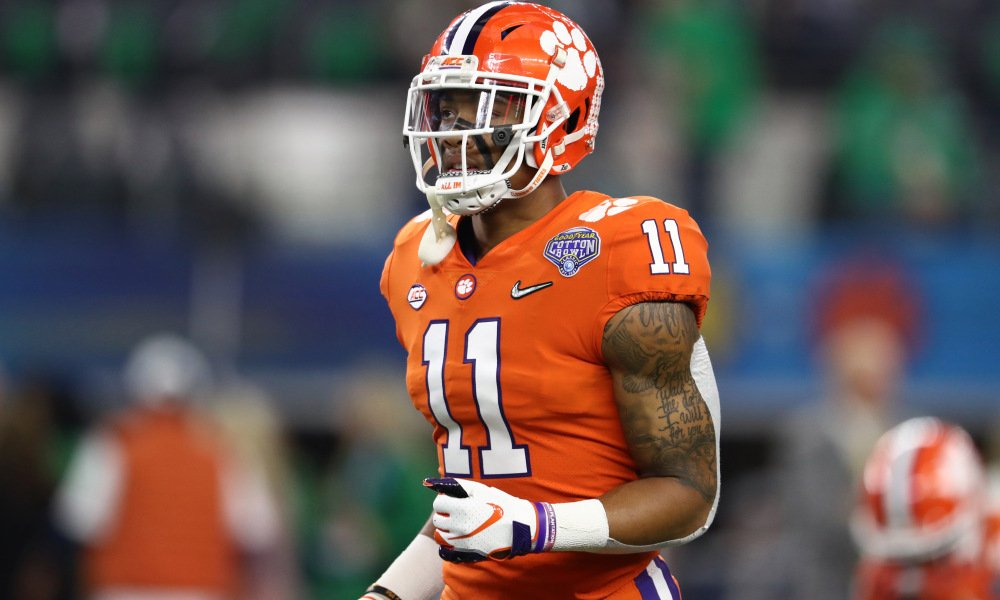 Isaiah Simmons is such an intriguing and fun prospect to watch. He should go early in the NFL Draft.