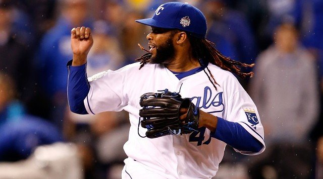 Johnny Cueto pitching