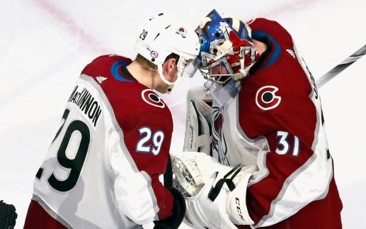 Image for Colorado Avalanche Pile on the Stars