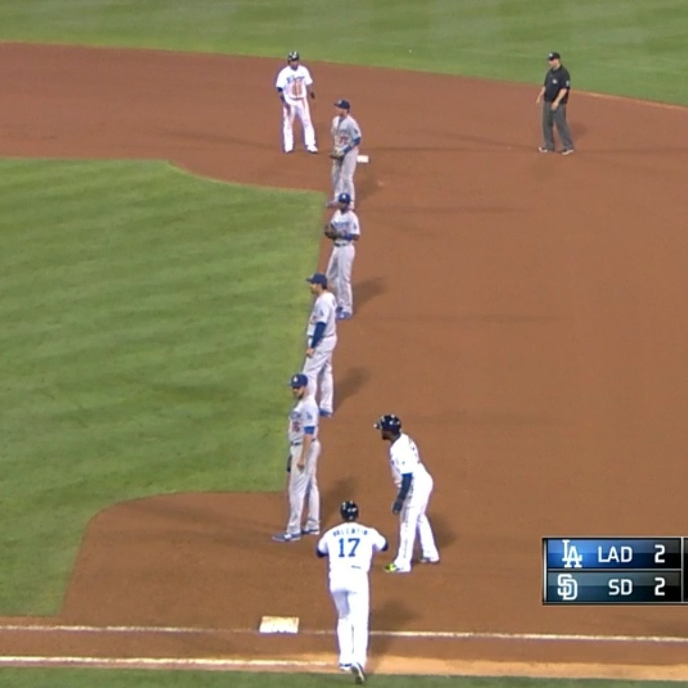 infield shift dodgers padres 082914.0
