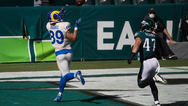 Eagles LB Nathan Gerry getting beat by Rams TE Tyler Higbee