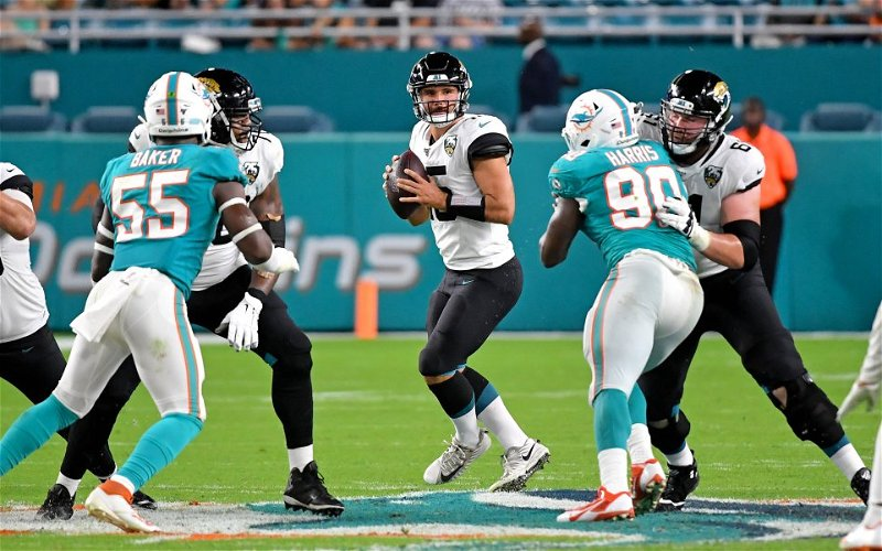 Image for Dolphins Beat the Jaguars 31 – 13