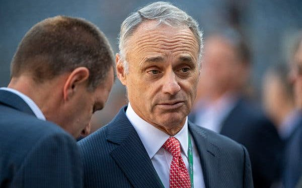 Image for Rob Manfred Mulling Plans For 2021 Season