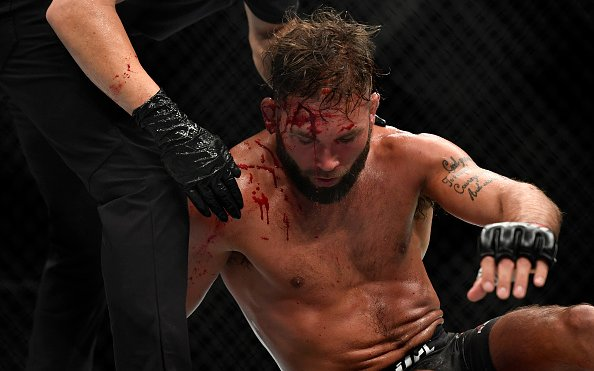 Image for 5 UFC Featherweight Division Controversial Cuts