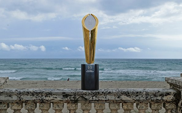 Image for College Football Playoff Schedule: Who's In, Who's Out, and Why?