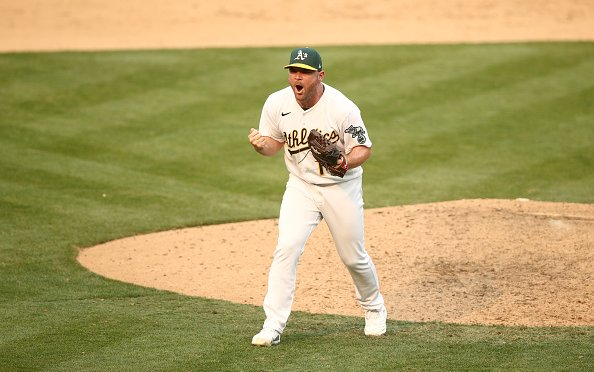 Image for MLB Breaking News: Liam Hendriks To Sign With White Sox