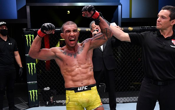 Image for Raoni Barcelos vs Marcelo Rojo off of UFC Vegas 20 Card as Barcelos Tests Positive for COVID-19