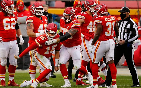 Image for 2 Huge Kansas City Chiefs Team Needs for Each Side of the Ball