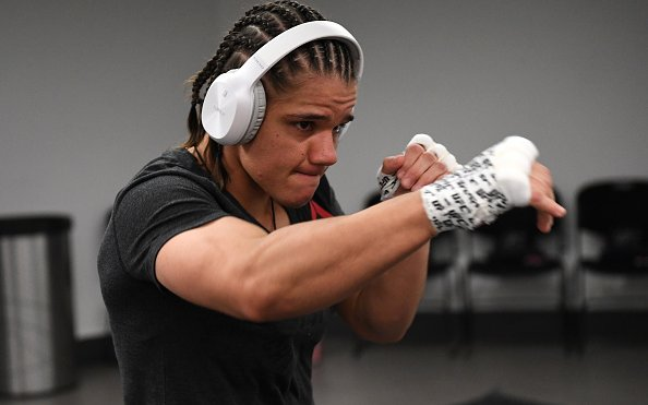 Image for Na Liang vs Ariane Carnelossi Booked for April 24