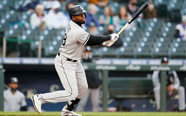 Image for MLB Breaking News: Luis Robert Out 12-16 Weeks