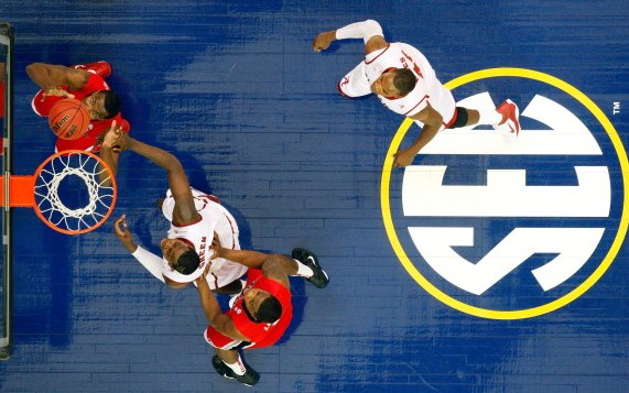 Image for SEC is the Basketball Transfer Capital of 2021-22- What Does it Mean for the Conference?