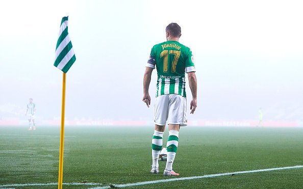 Image for Joaquín Contract Extension: Betis Legend Won't Retire Without Full Stadium