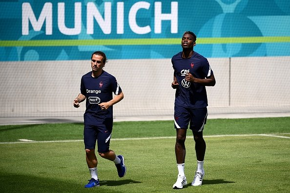 France players Pogba and Griezmann training