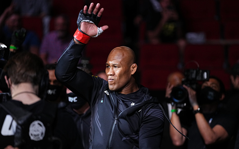 Image for Jacare Souza Calls It a Career
